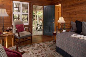 Interiors - Three Room King Suites