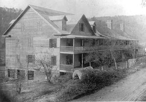 Old photo of the Inn - History