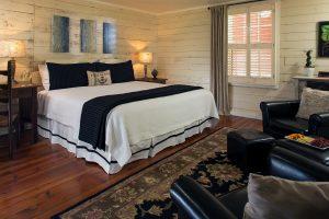 AKing Room suite at Glen-Ella Springs Inn