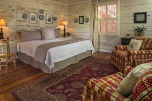 A King Room at Glen-Ella Springs Inn