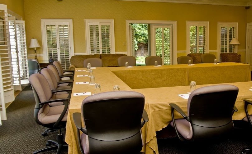 interior of the meeting room