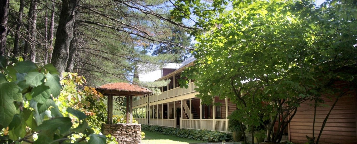 the beautiful exterior of Glen-Ella Springs, one of the reasons why it's the best place to stay in North Georgia